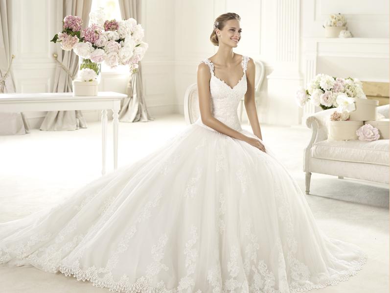 b8182de4ec87 Svadobné šaty predaj - Pronovias 2013-2014. Uri A. Uri A